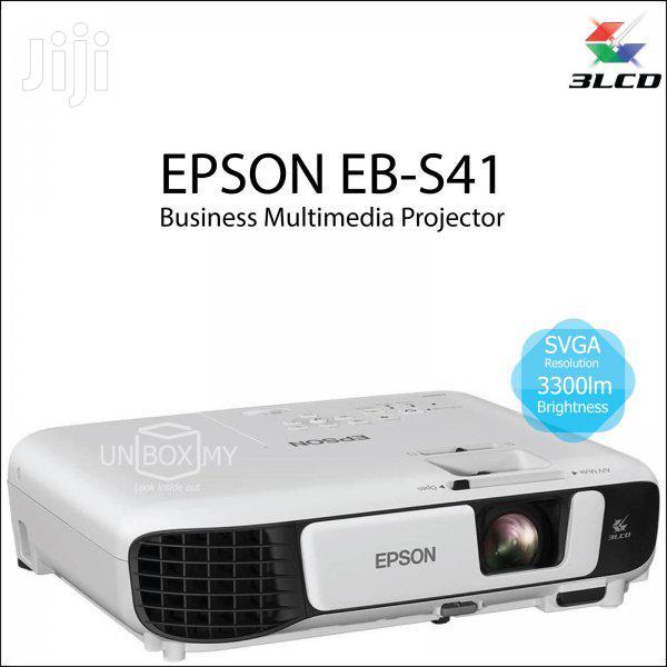 EPSON Eb-s41 Projector 3300 Lumens+Bag