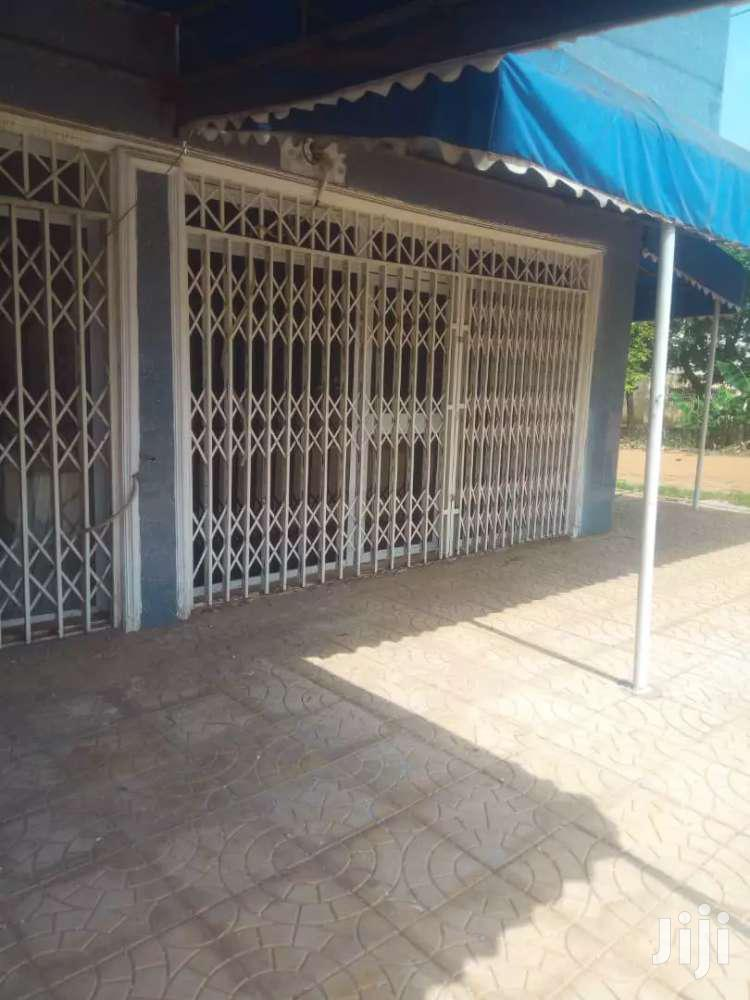Shop or Office Fr Rent at K Boat | Commercial Property For Rent for sale in Achimota, Greater Accra, Ghana