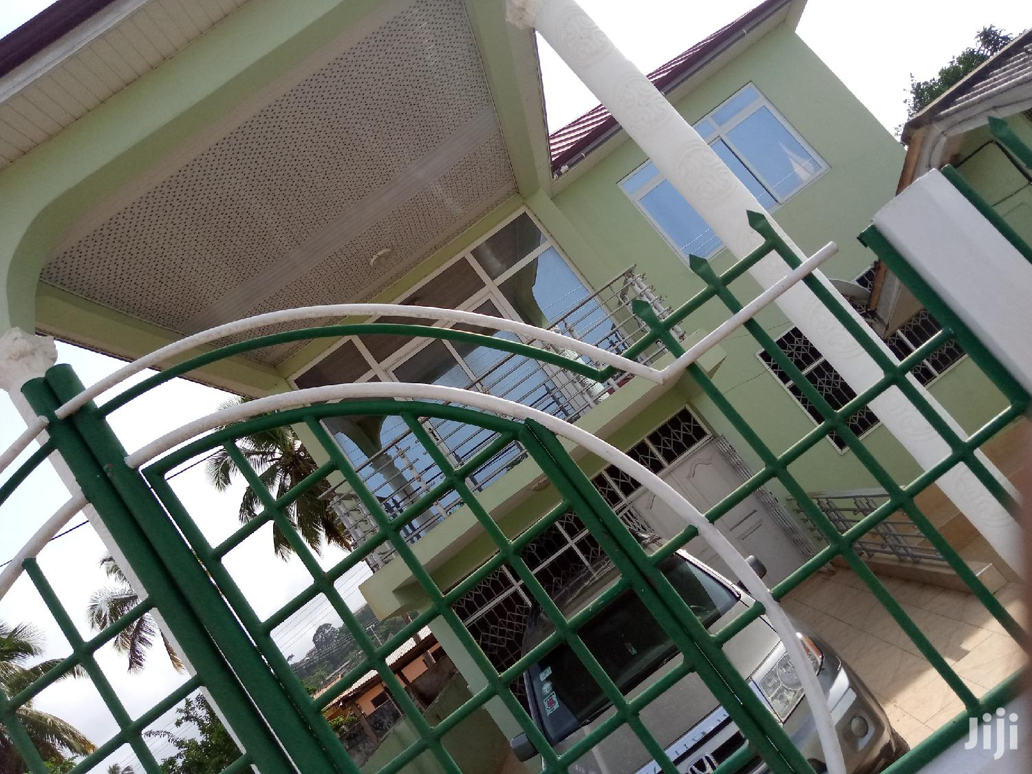 Six Bedroom Exec House For Sale In Cape Coast
