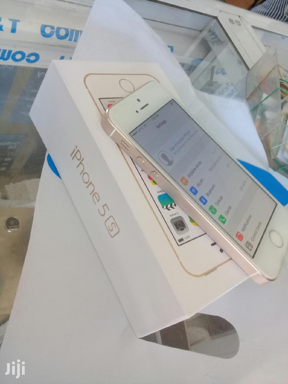 New Apple iPhone 5s 16 GB