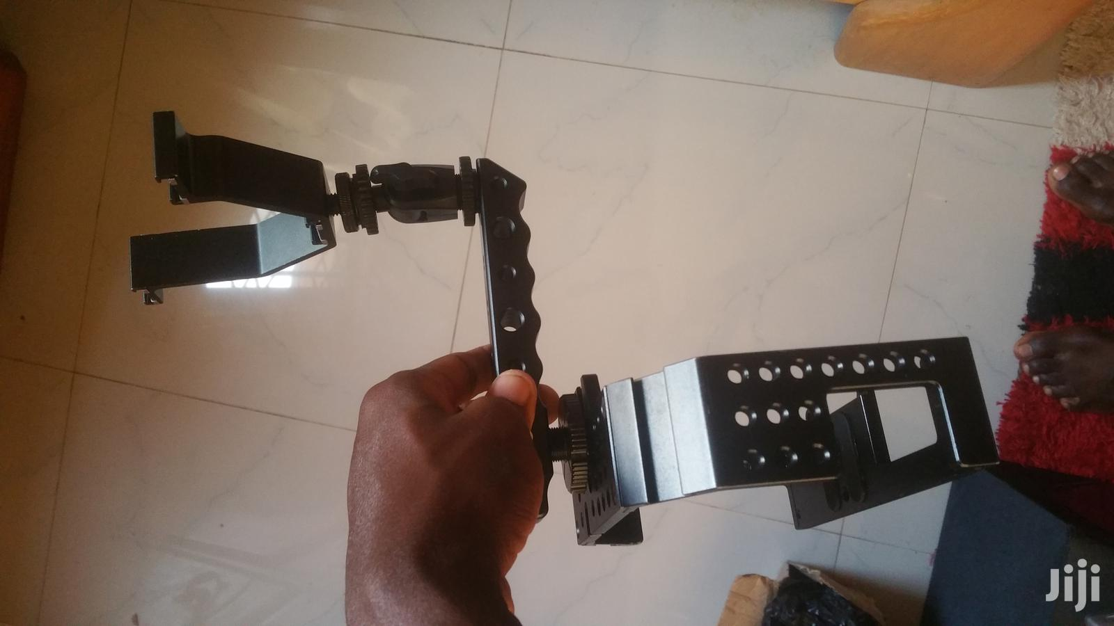 Movo Stabilizer And Dslr Camera Cage Together