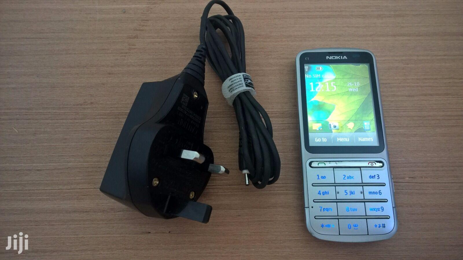 Archive: Nokia C3 01 Touch and Type 512 MB Silver