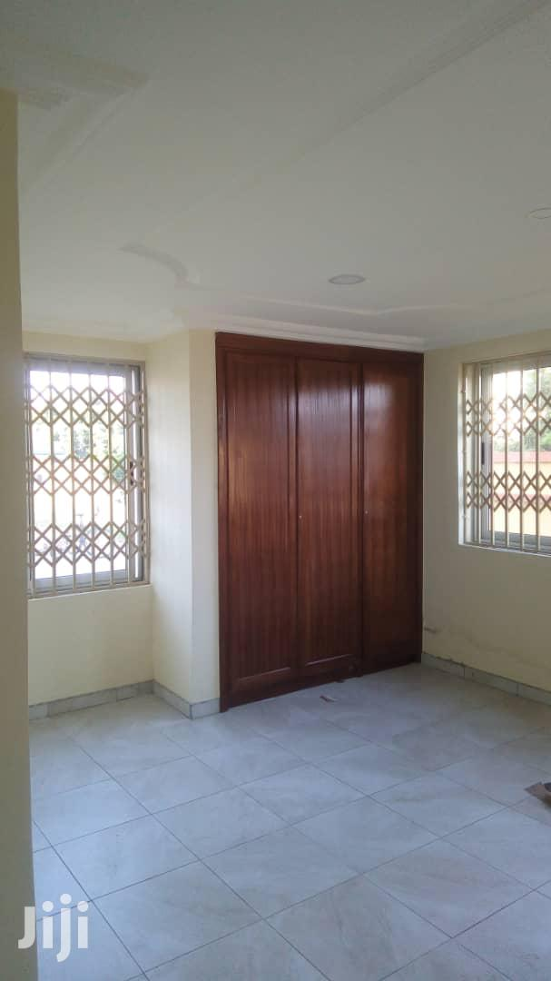 Archive: Executive 2 Bedroom Apartment