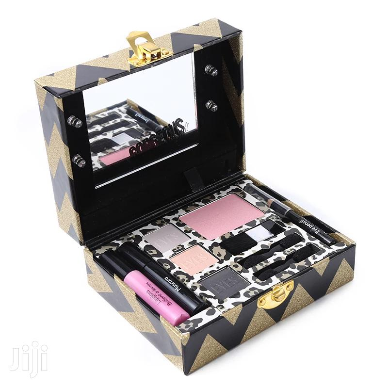 Archive: Fully Loaded Makeup Kit