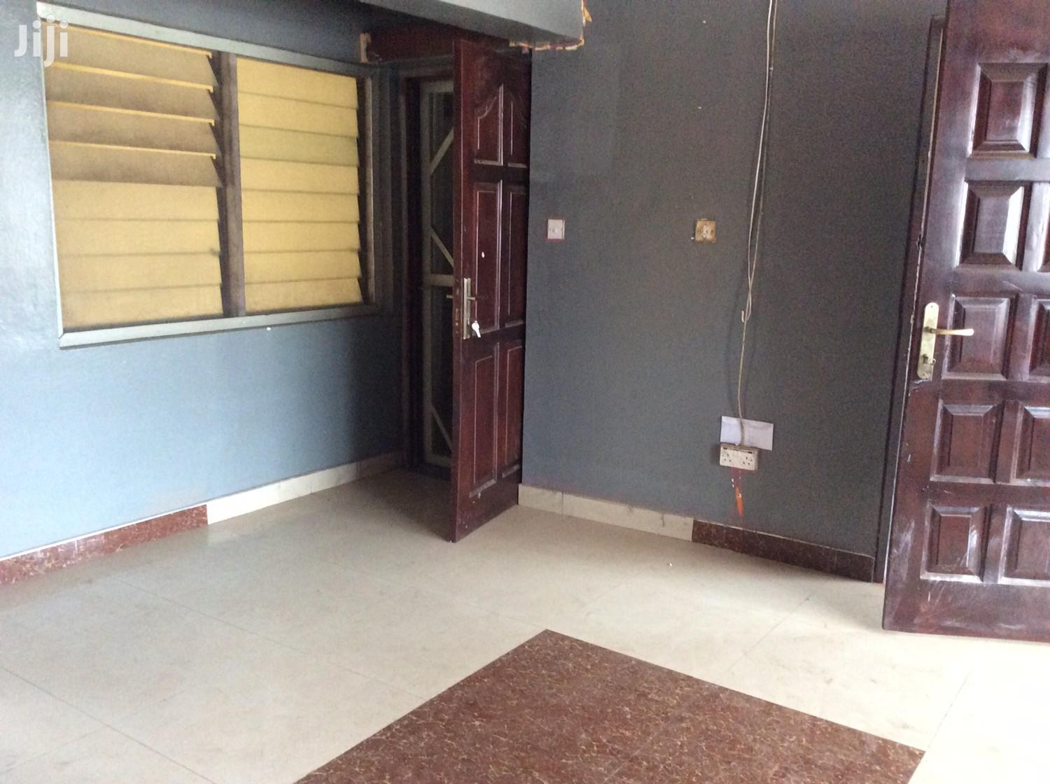 2 Bedroom Flat For Sale Sakumono Estate | Houses & Apartments For Sale for sale in Tema Metropolitan, Greater Accra, Ghana