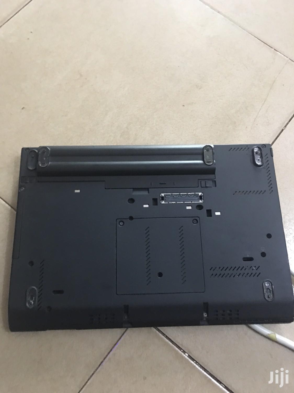 Archive: Laptop Lenovo ThinkPad Edge E555 4GB Intel Core i5 HDD 500GB