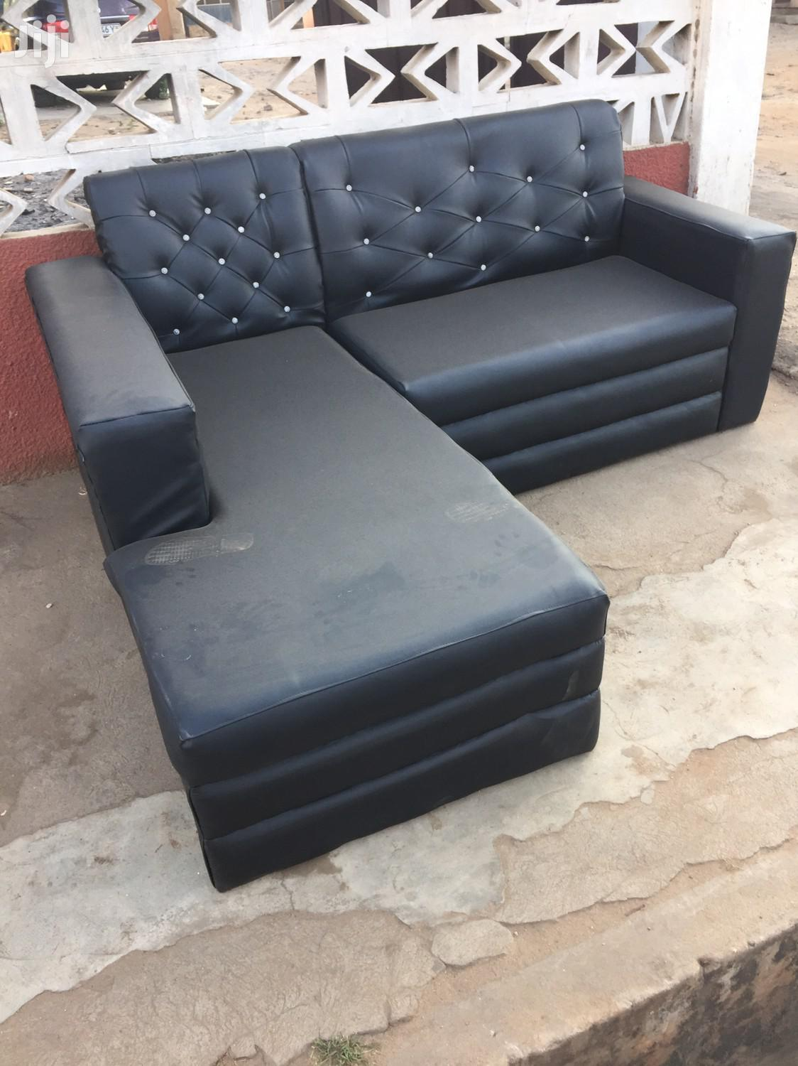 Affordable L Shaped Sofa at a Cool Price.