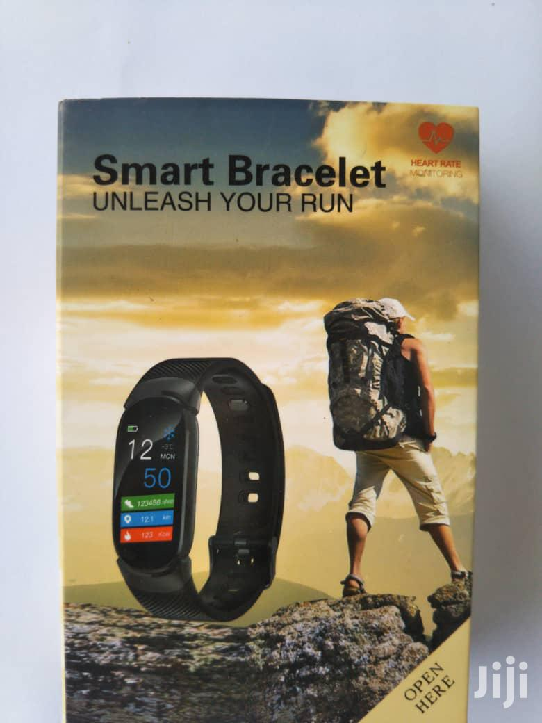 Q6 Multi-functional Water Proof Smart Watch Bracelet Fitness Tracker | Smart Watches & Trackers for sale in Tema Metropolitan, Greater Accra, Ghana