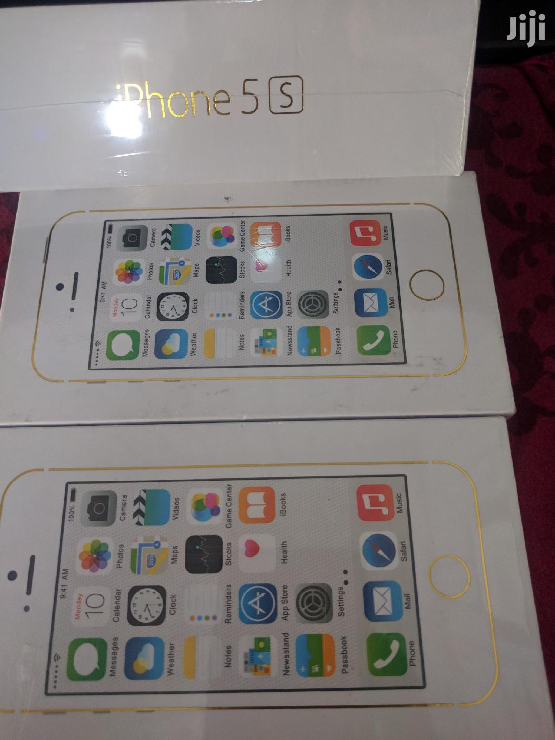 New Apple iPhone 5s 16 GB Gold