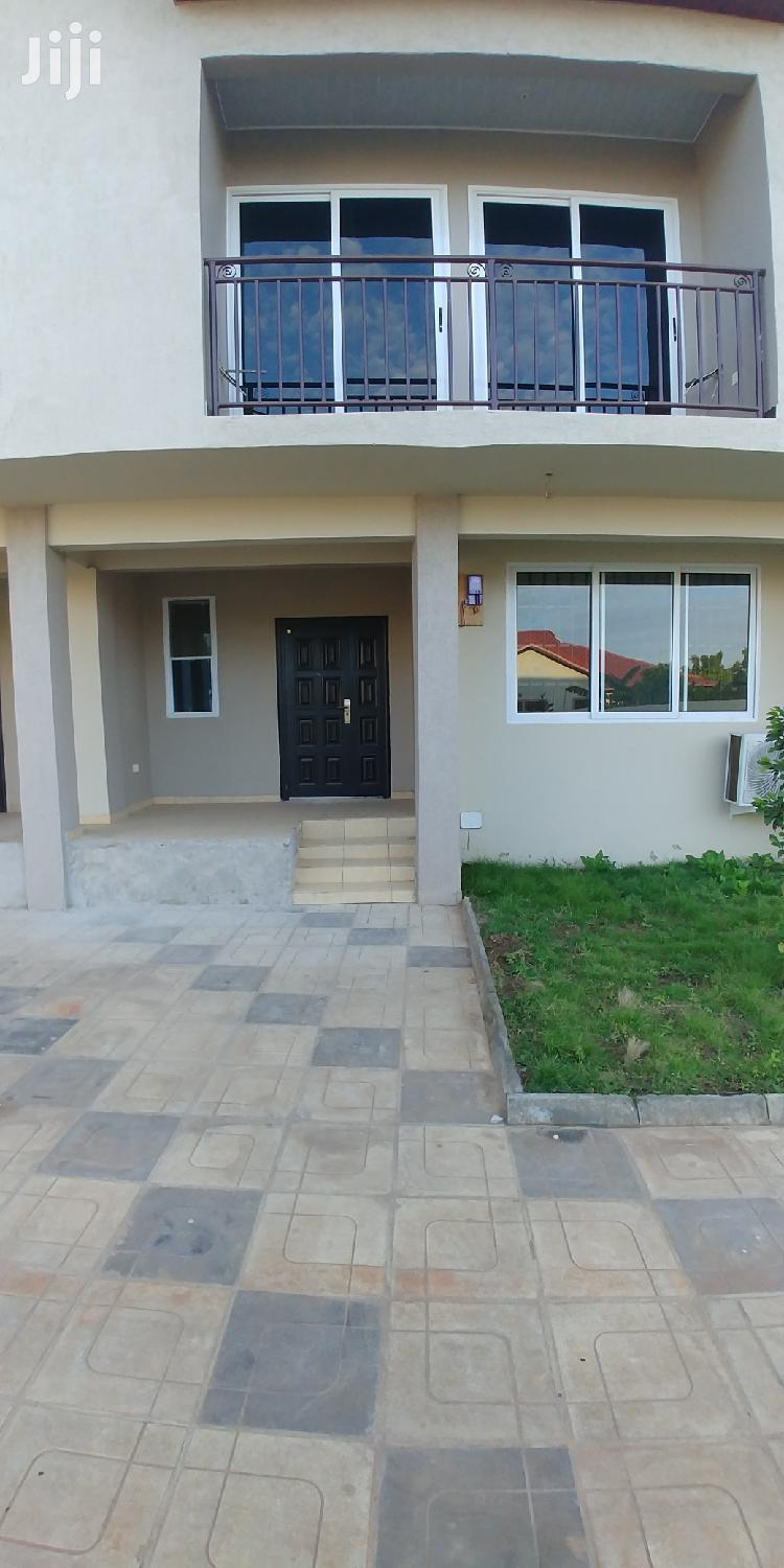 3bedrooms Apartment to Let,Tseadoo .