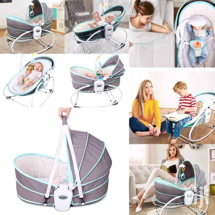 5 in 1 Baby Bassinet Rocker.