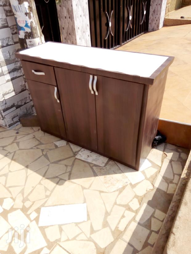 Archive: Cofe Brown Kitchen Cabinet For Sell. 4feet Length