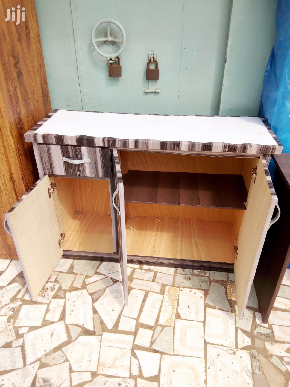Archive: Kitchen Cabinet
