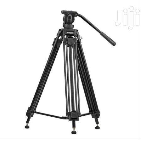 Pixels-170 Professional Aluminum Video Tripod With Mid-Level Spreader