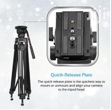 Pixels-170 Professional Aluminum Video Tripod With Mid-Level Spreader | Accessories & Supplies for Electronics for sale in Accra Metropolitan, Greater Accra, Ghana