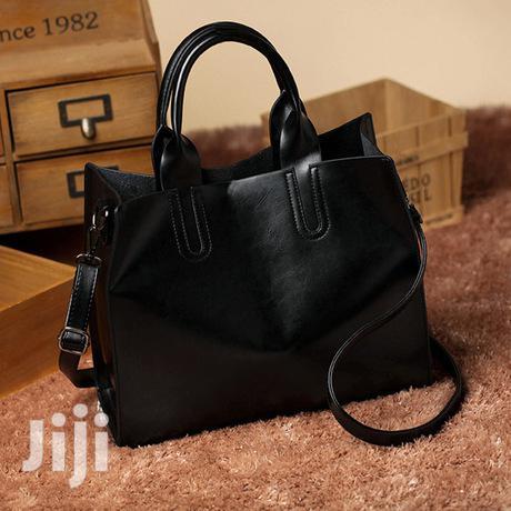 Simple Foreskin Ladies Handbag