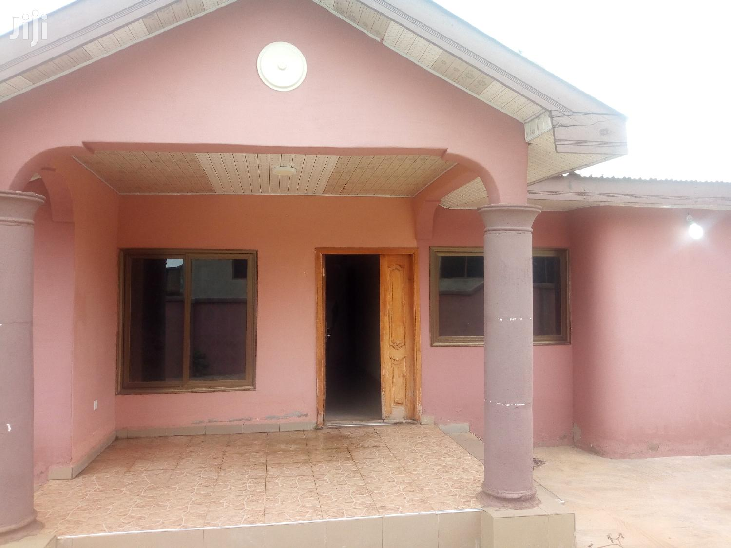2bedrooms Apartment For Rent | Houses & Apartments For Rent for sale in Sunyani Municipal, Brong Ahafo, Ghana