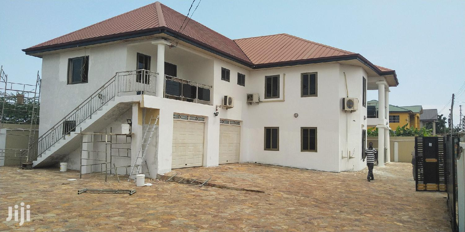 Archive: Executive 4bedrooms Self Compound for Sale at West Trasacco
