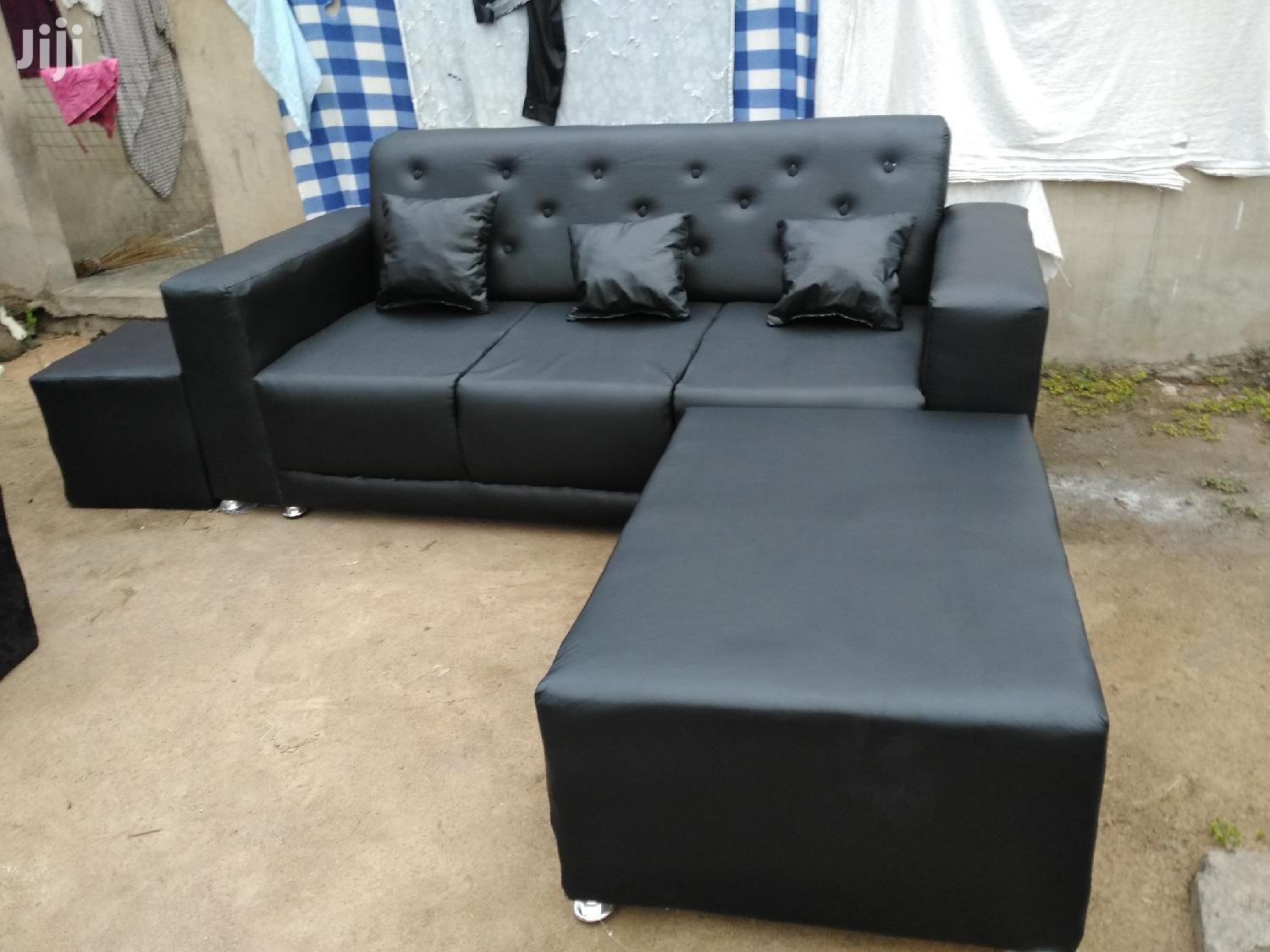 Stylish Leather Sofa | Furniture for sale in Achimota, Greater Accra, Ghana