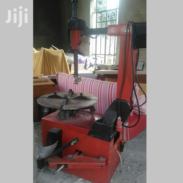 Tyre Changer Machine | Vehicle Parts & Accessories for sale in Teshie-Nungua Estates, Greater Accra, Ghana