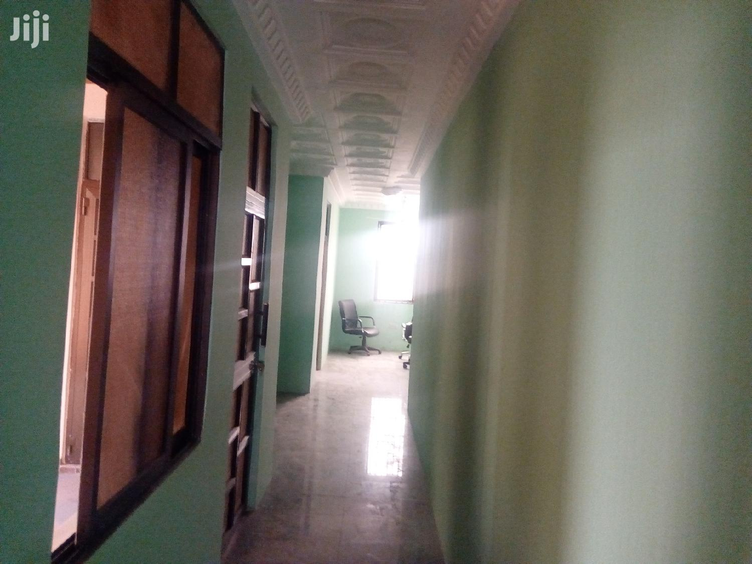Archive: Execitive 6 Bedroom House