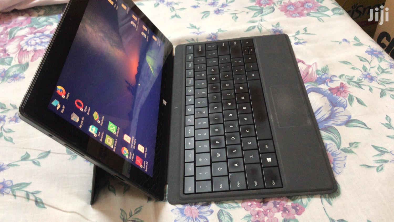 Archive: Laptop Microsoft Surface Pro 4GB Intel Core i5 SSD 128GB