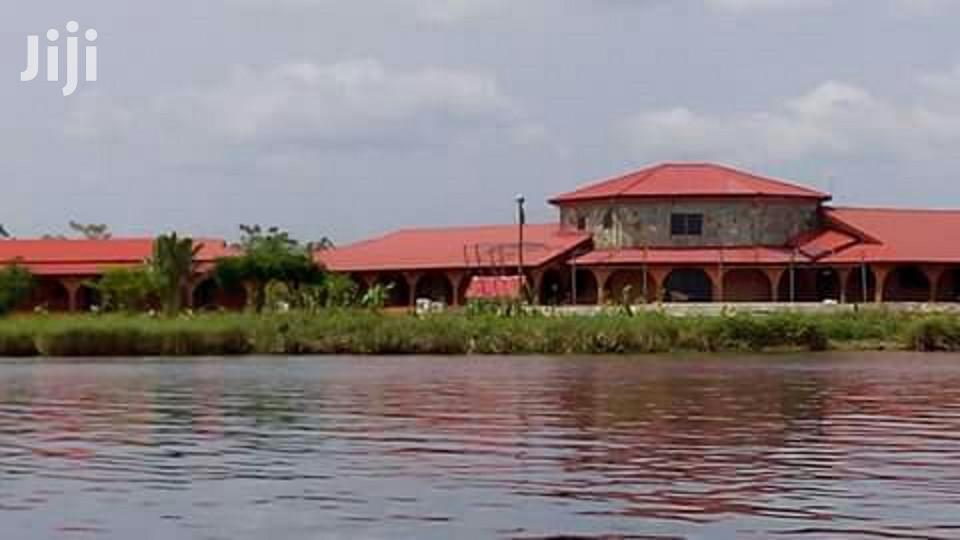 Hotel For Sale Close To Volta