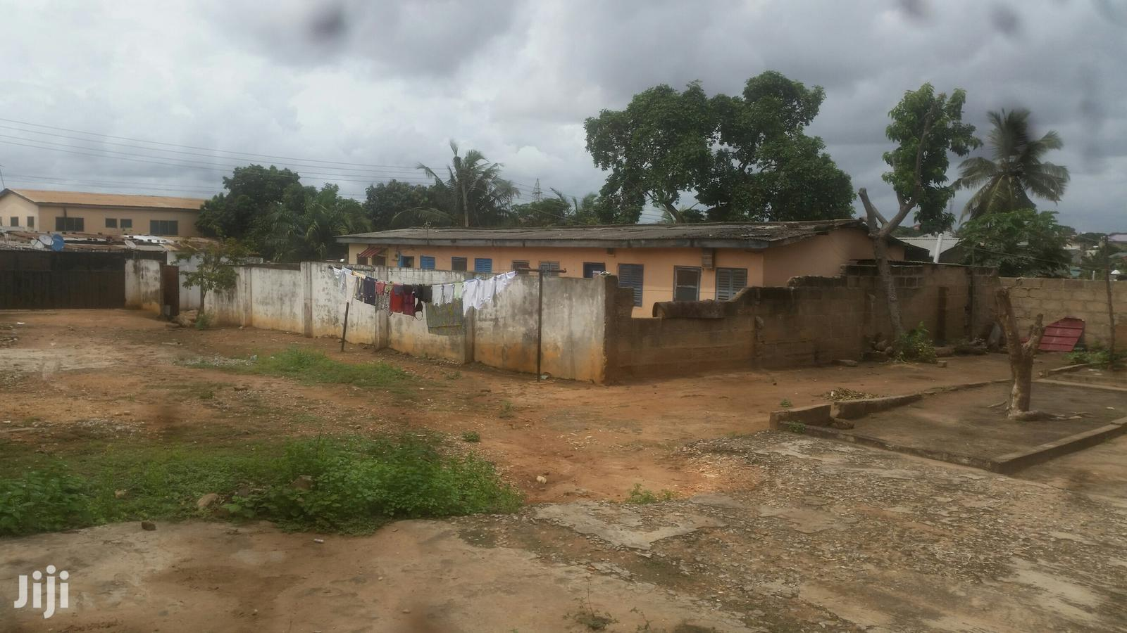 Old House On 2 Plots | Houses & Apartments For Sale for sale in Accra Metropolitan, Greater Accra, Ghana