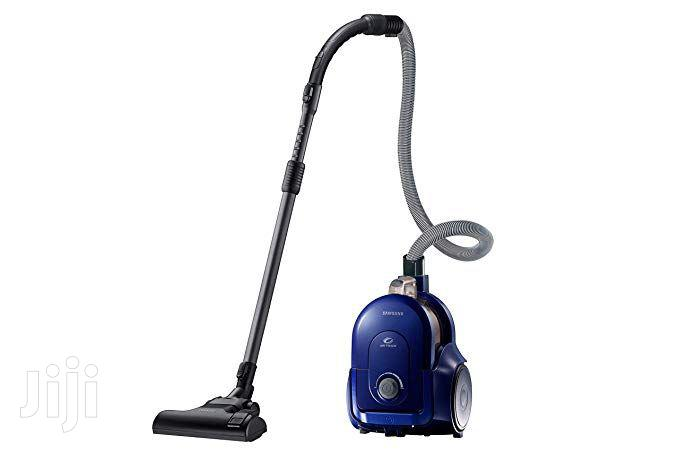 Archive: Samsung 700watts Vacuum Cleaner Blue