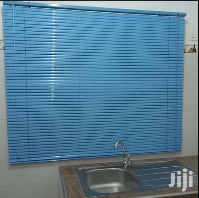 Blue Venetian 4 Kitchen at Factory Price