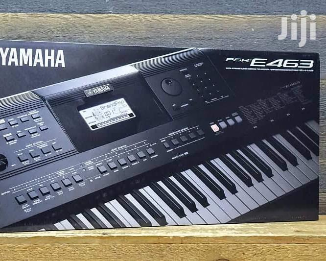 Yamaha PSR E463 Piano With Stand