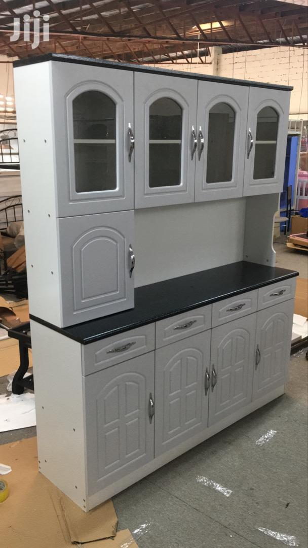 Well Designed Kitchen Cabinet