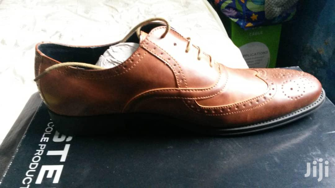 Archive: Kenneth Cole Shoe