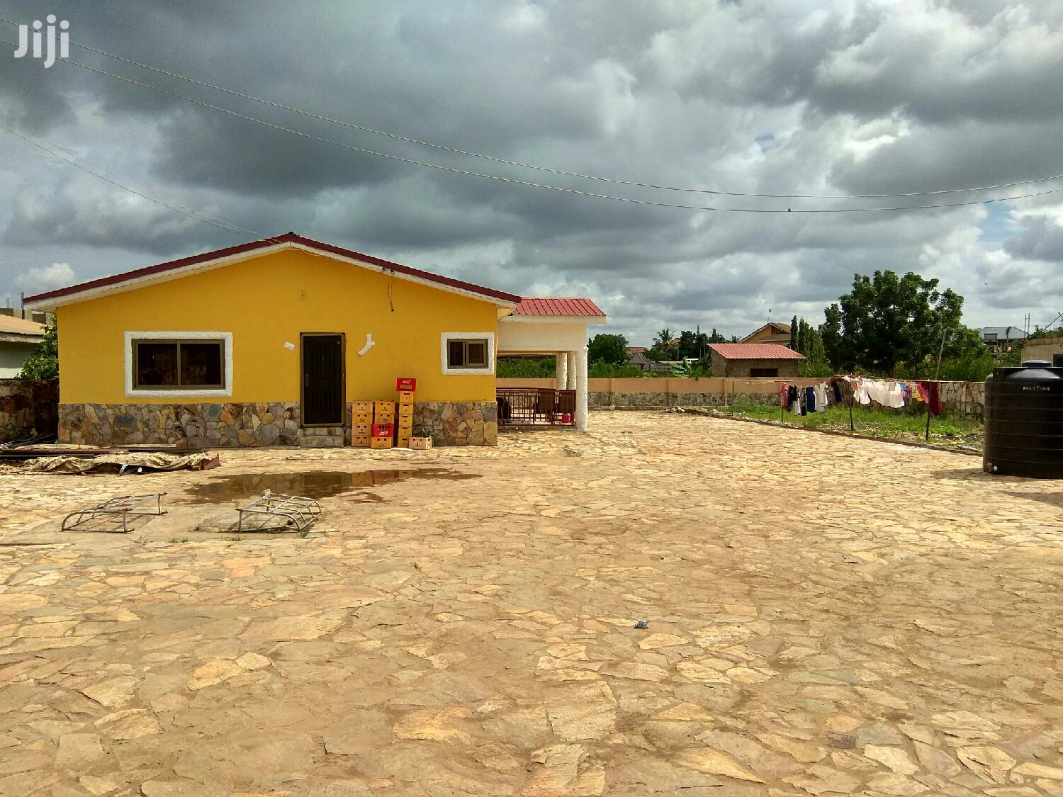 Available 10 Bedrooms House in 2 N Half Plot for Sale at Oyarifa. | Houses & Apartments For Sale for sale in Ga East Municipal, Greater Accra, Ghana