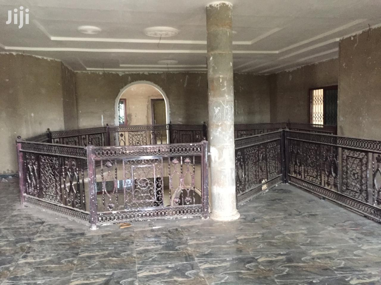 Archive: Beautiful Mansion With Rooms for Rent at OYIBI. Close to Main Street