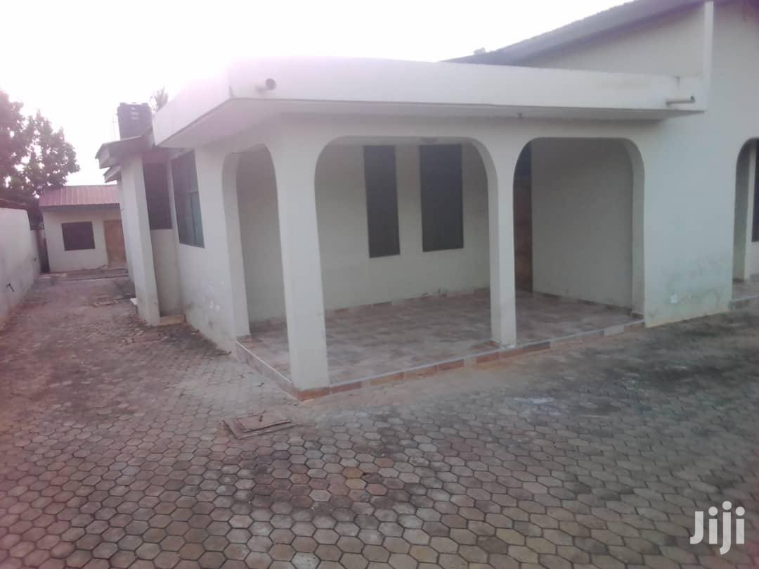 Beautiful and Affordable 5 Bedroom House | Houses & Apartments For Sale for sale in Adenta Municipal, Greater Accra, Ghana