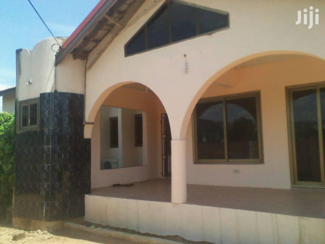 5 Bedroom House for Sell at Gbawe