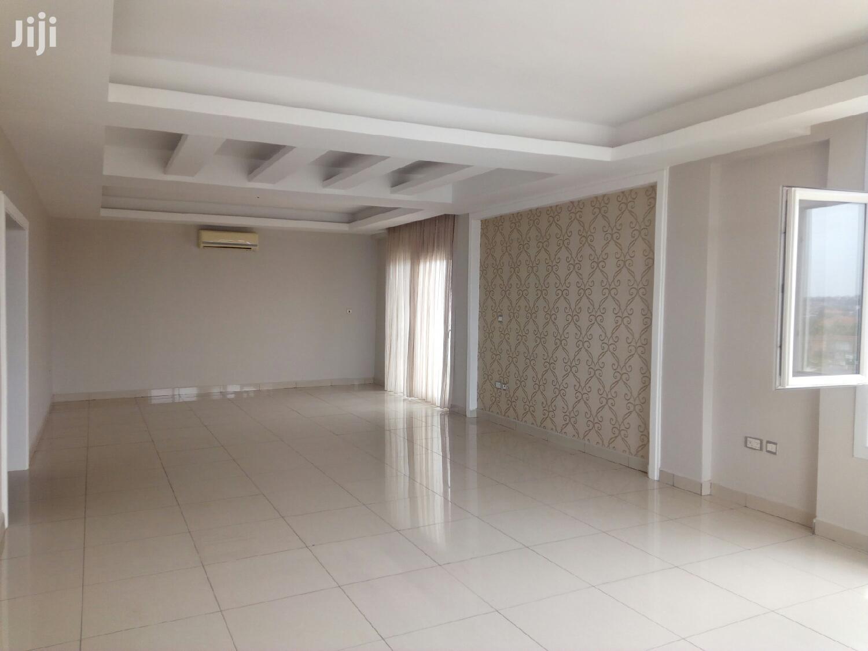 Executive 3 Bedroom Flat at Dzorwulu 4 Sale