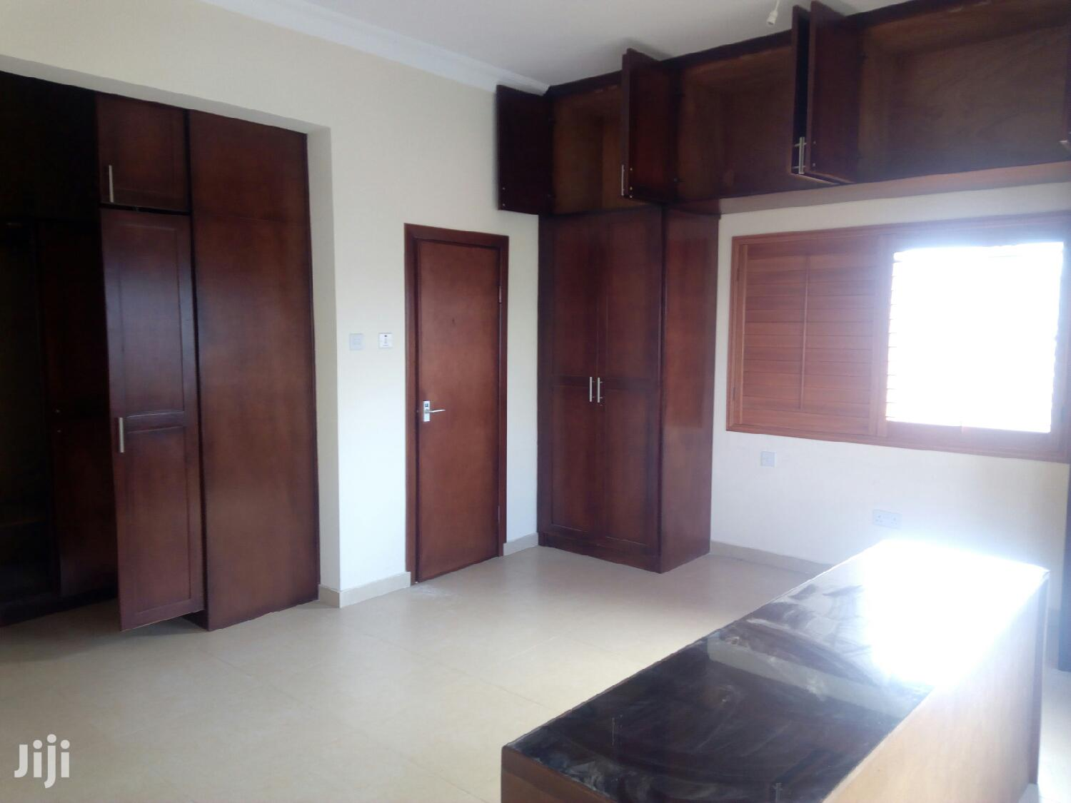 Executive 3 Bedroom Flat at North Legon to Let | Houses & Apartments For Rent for sale in Adenta Municipal, Greater Accra, Ghana