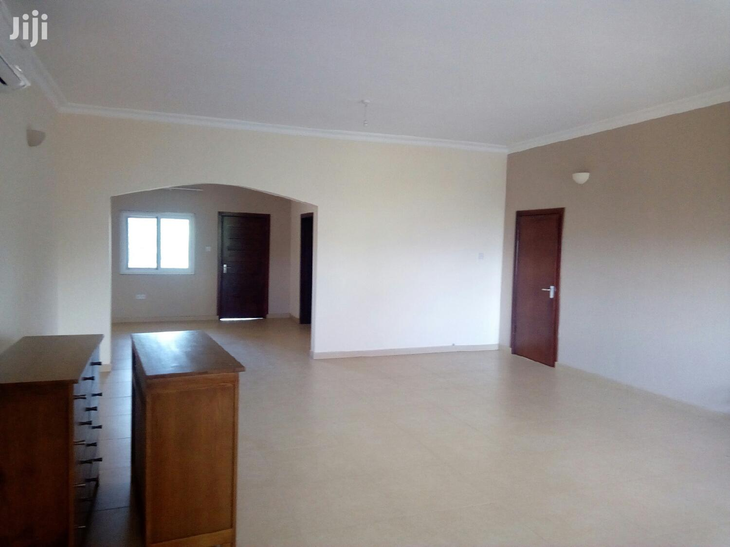 Executive 3 Bedroom Flat at North Legon to Let