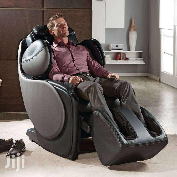 .Massage Chair