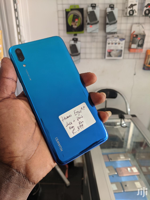 Archive: Huawei Enjoy 9e 64 GB Blue