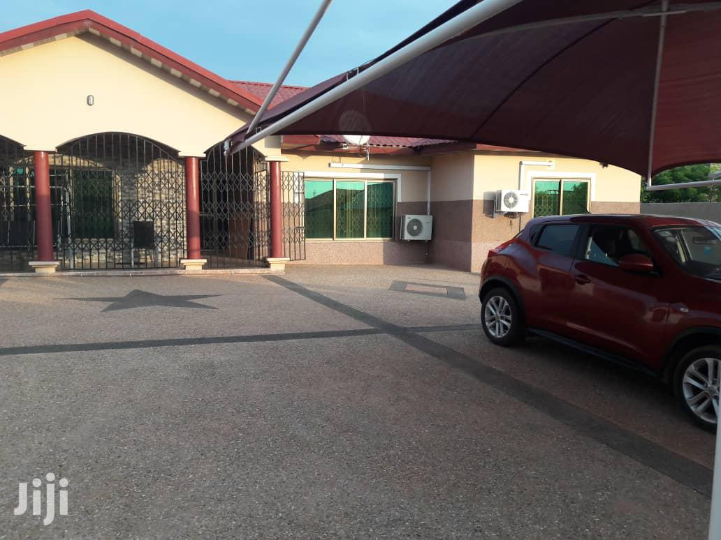 Archive: 4 Bedroom Self Contain at Japan Motors Madina for Sale