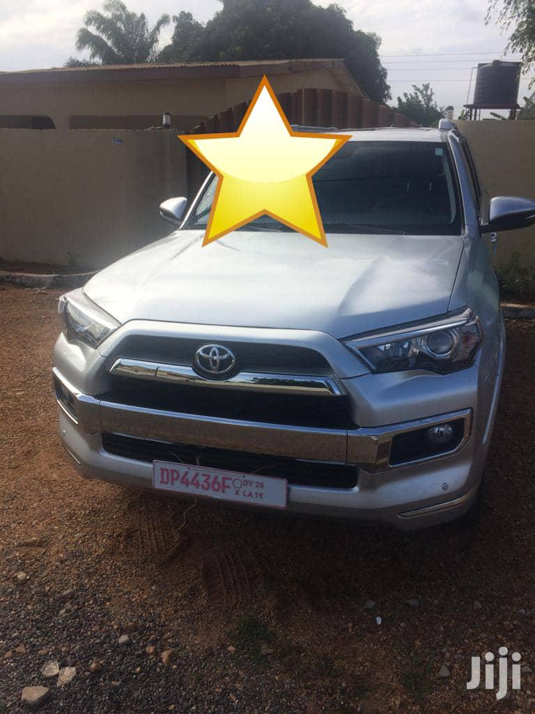 Archive: New Toyota 4-Runner 2018 Limited 4x4 Silver