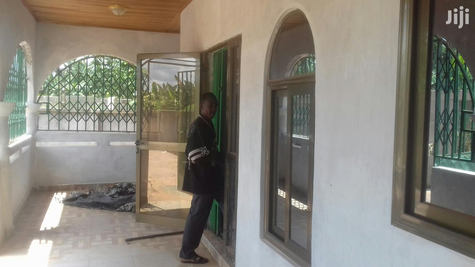 Archive: 3bedroom 2washrooms At Deduako APEMSO