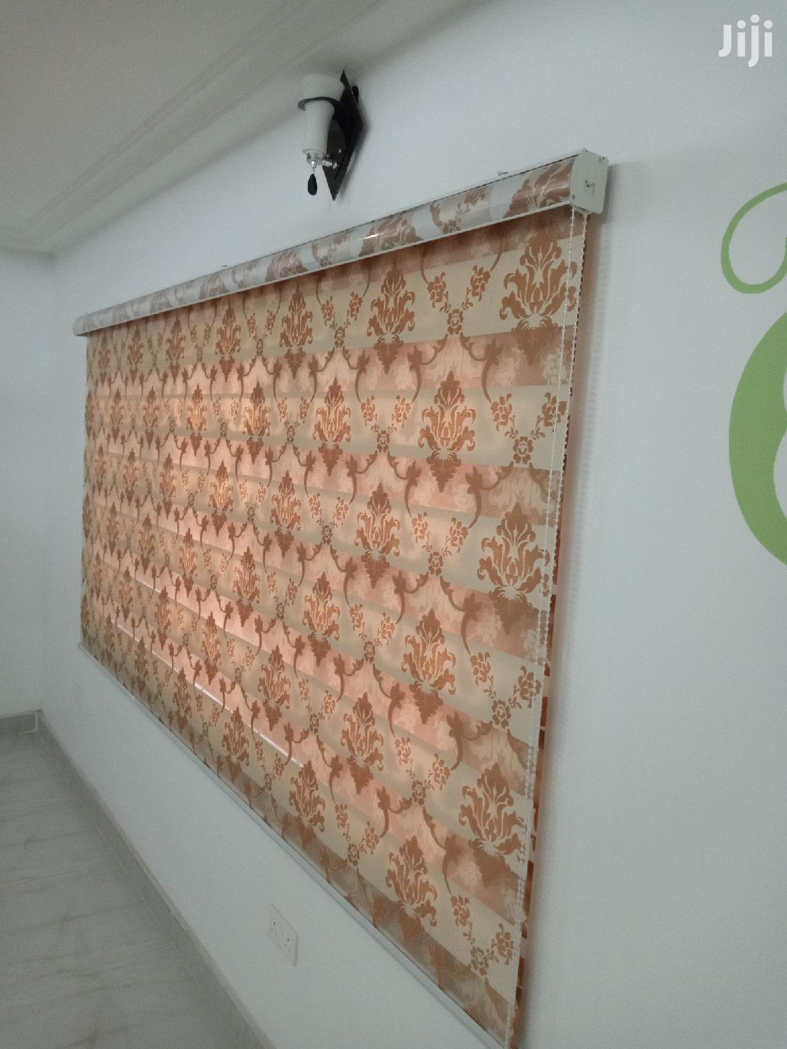 Exclusive Window Curtains Blinds for Homes and Offices