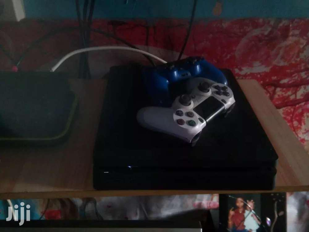 Ps4 Game Slightly 1tb Used With Games Plus Pads | Video Game Consoles for sale in Abossey Okai, Greater Accra, Ghana