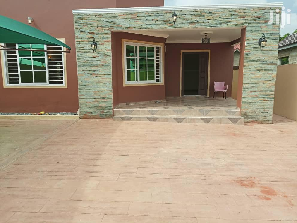 Executive Newly Built 3bedrooms for Sale at East Legon Botwe