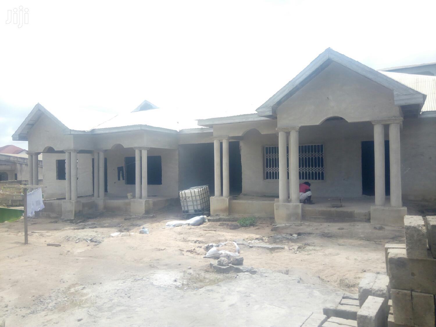 Archive: Uncompleted House For Sale At Fumasua