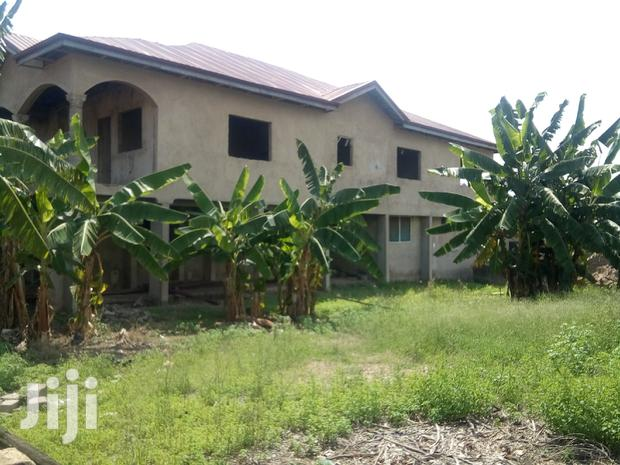 Archive: Newly Built 7 Rooms Story With Boys Quarters on 1 and Half Plot Sale.